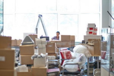 MOVING YOUR BUSINESS? THEN HIRE PROFESSIONAL BUSINESS MOVERS